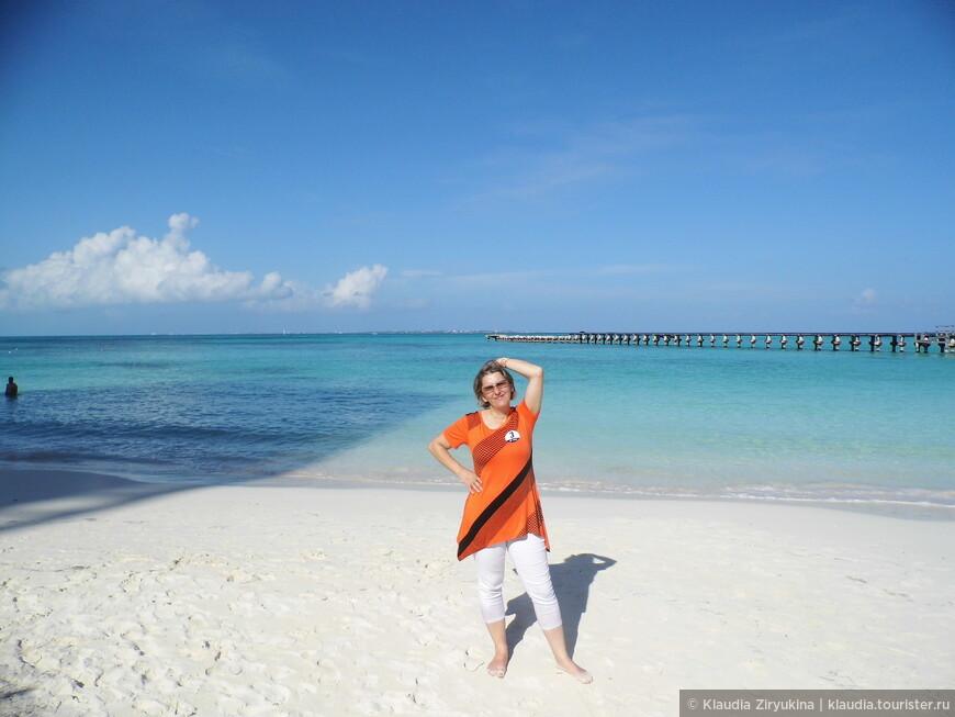 Но лучшее, из того, что мы увидели -- пляжи -- песок и море!