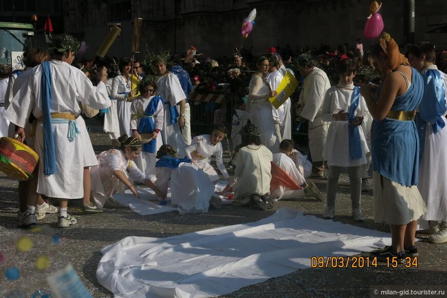 Много сцен карнавала 2014 года было связано с Олимпийской тематикой