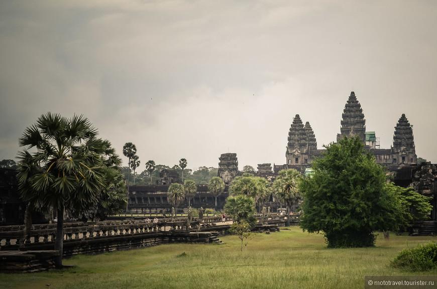 Дарога в Ангкор-Ват