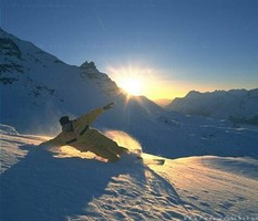 Непогода в Австрии: горнолыжный курорт открыт досрочно