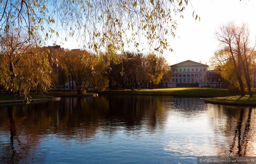 Юсуповский сад — сад в Санкт-Петербурге.