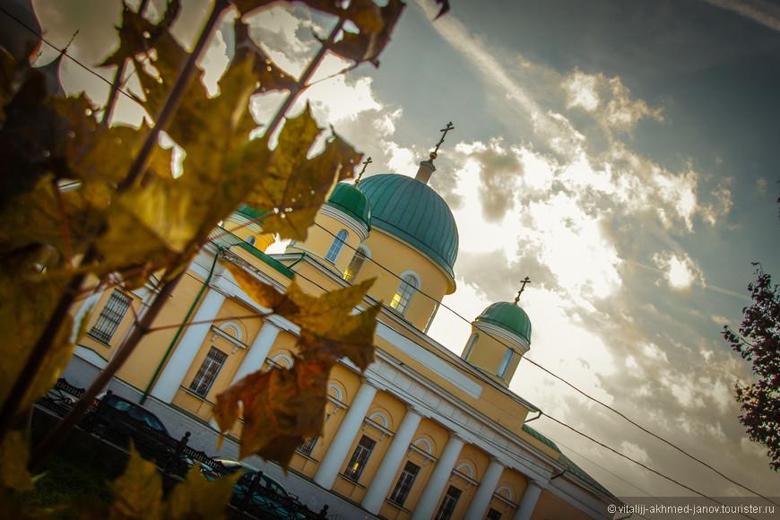 Преображенский храм Успенского женского монастыря. Ул. Менделеевская, 13
