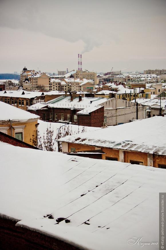 Казанские крыши со ступеней Петропавловского собора