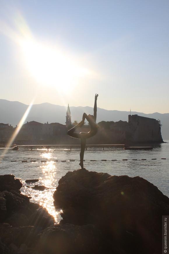 Девушка-танцовщица - памятник любви и верности