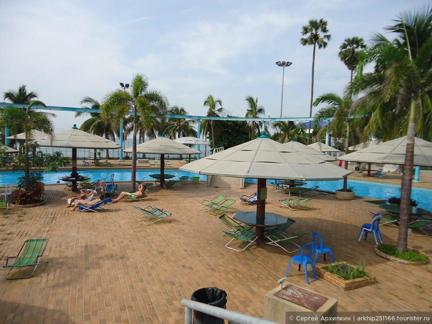 Работает аквапарк ежедневно с 10.00 до  19.00 часов