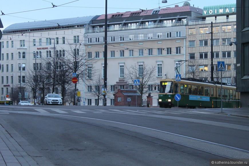 Трамвайчиков в Хельсинки много, линии проложены буквально везде.