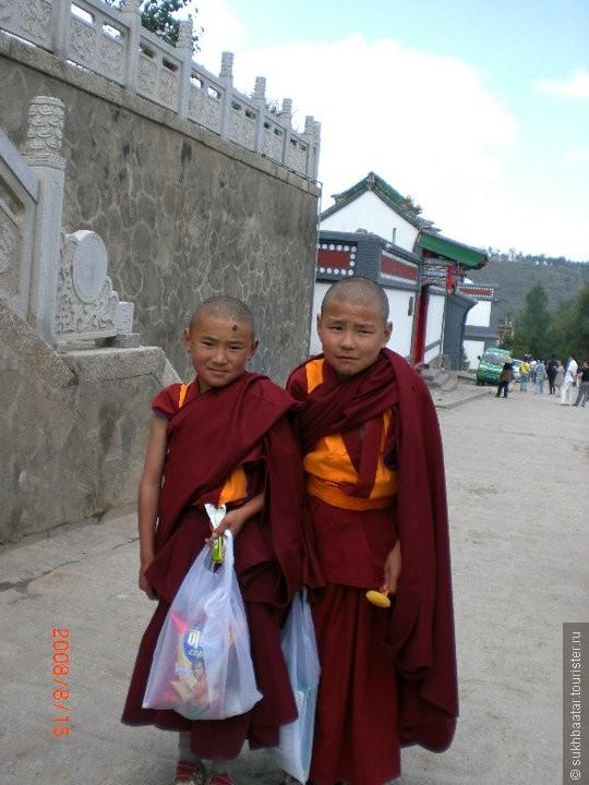 Тибетский мальчик монах