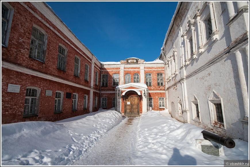 Переславль-Залесский. Успенский Горицкий монастырь.