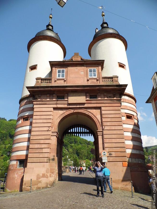 Ворота на Мост.
