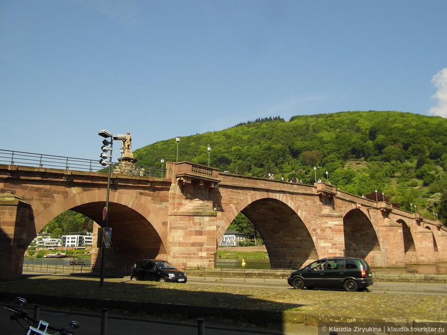 Старый мост, или мост Карла-Теодора.