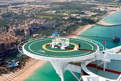 Самый роскошный отель мира предлагает «свадьбу на высоте птичьего полета»