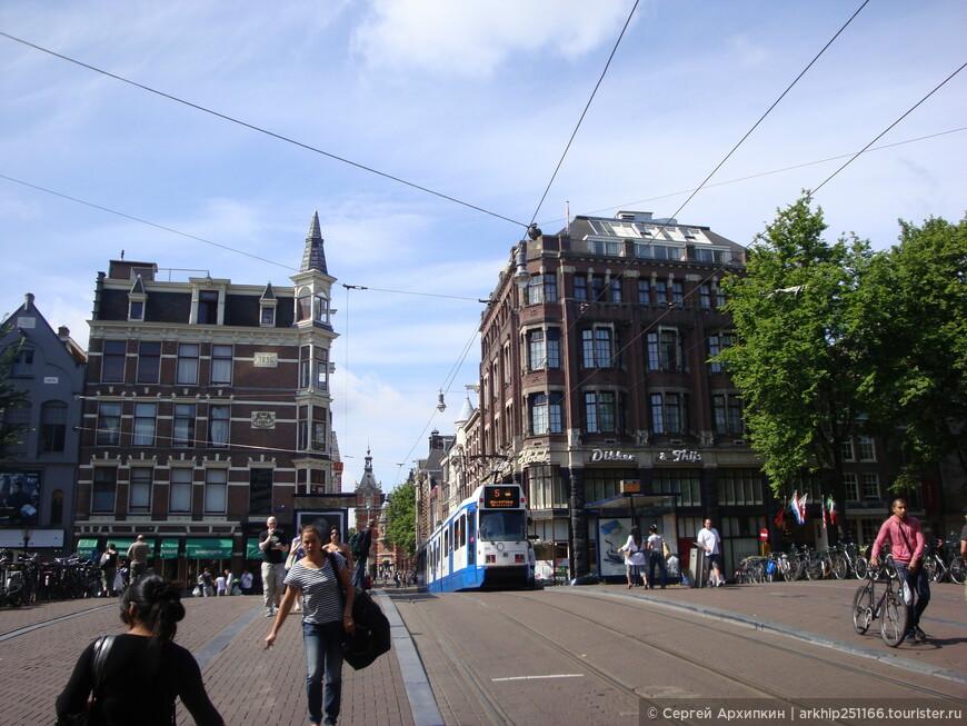 Сеть трамваев в городе хорошо развита, но исторический центр- очень компактный