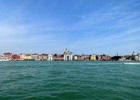 Увидеть Венецию и Флоренцию и..уехать в Милан