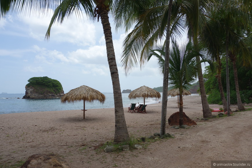 Тихоокеанское побережье Коста Рики в районе Плайя Кончина.