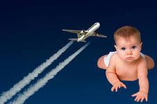 Роды в полете: на борту самолета появилась на свет двойня