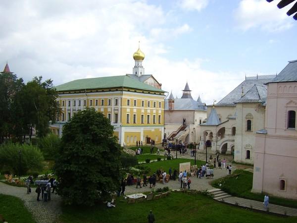 Ростов Великий: по следам летящего оленя