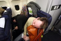 Британским стюардессам запретили прятать тела умерших пассажиров в туалете