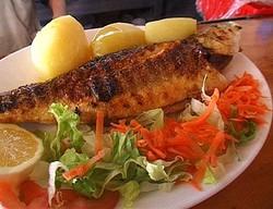Польский реторан угощает португальскими блюдами