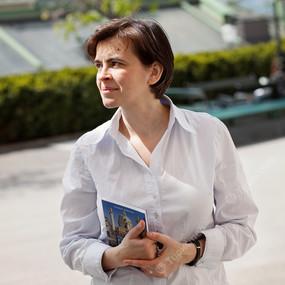 Ирина Зуккер