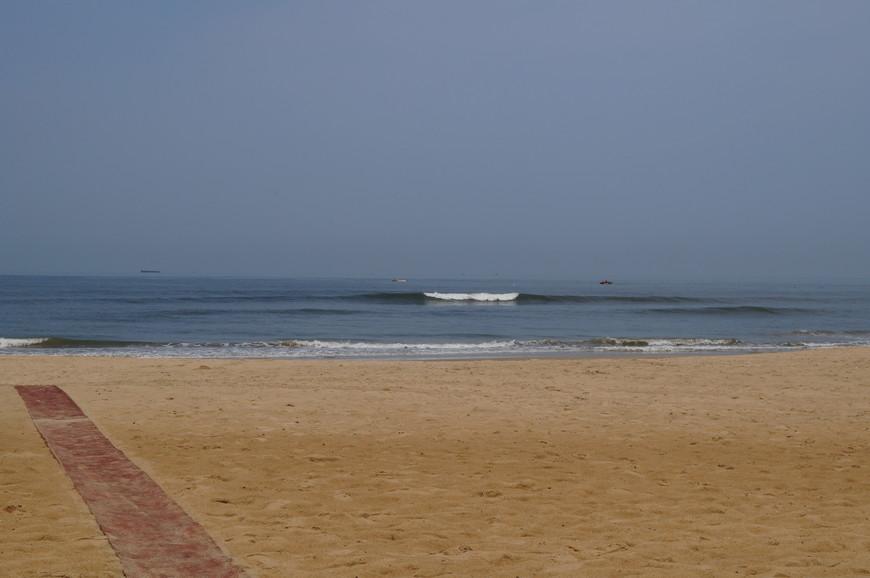 Пляж Бага бич примерно 8 утра...