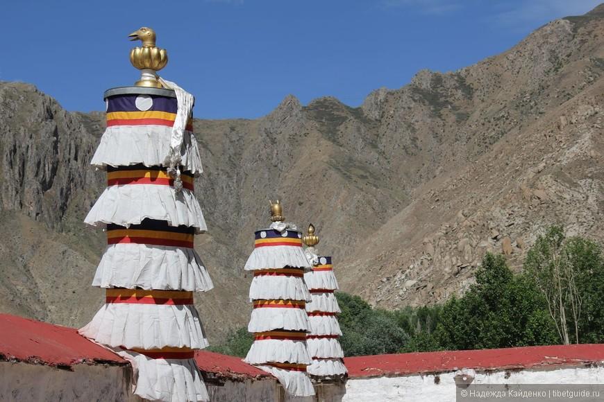 Ритуальный зонты - одна из восьми драгоценностей тибетского буддизма