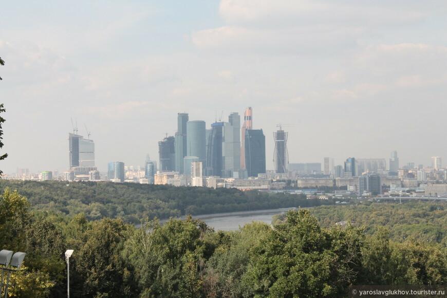 Миракс-Плаза, Триумф-Палас, Москва-Сити.