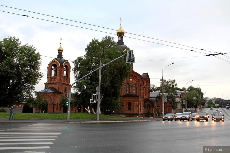 Михаило-Архангельская церковь. Построена в 1890-х гг. на деньги отставного капитана Архангельского.