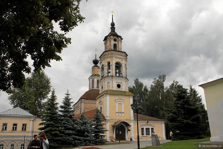 Николо-Кремлевская церковь. Сейчас в ней располагается Планетарий.