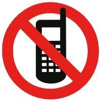 В Варшавских автобусах запретили разговаривать по мобильному телефону