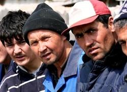 Жителей Таджикистана не будут пускать в РФ без загранпаспорта