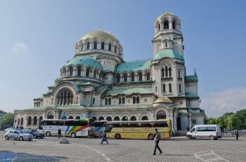 Между Россией и Европой: чем интересна Болгария кроме моря