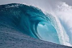 На одесский пляж обрушилась трехметровая волна. Есть пострадавшие