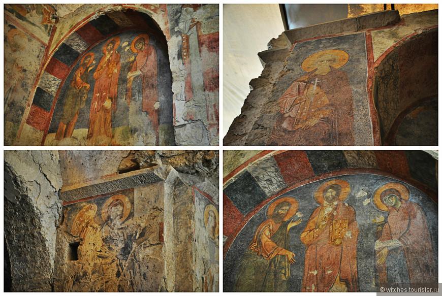 В храме сохранилось достаточно много фресок и здесь расположена гробница Николая Угодника…