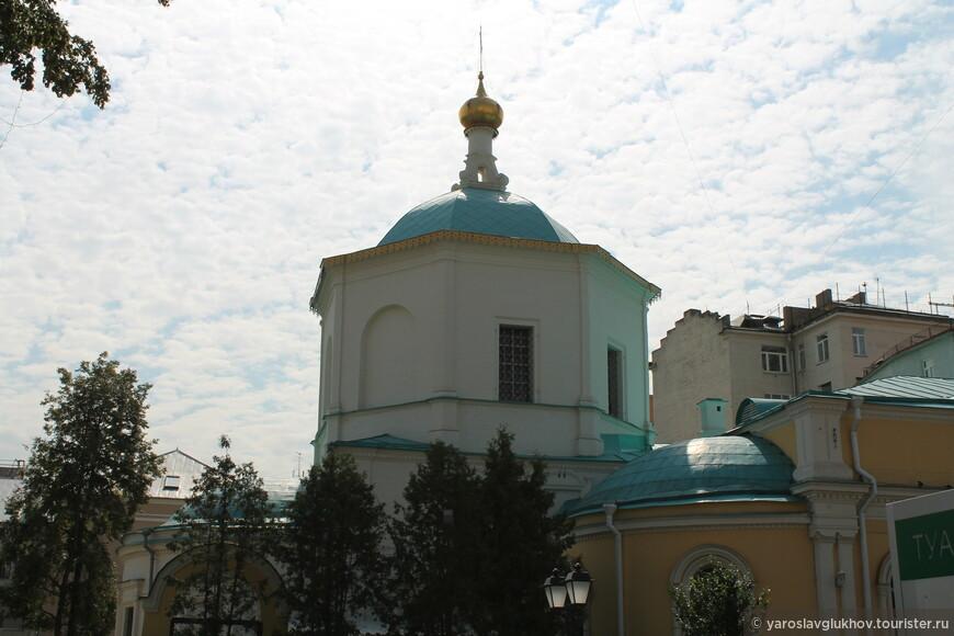 Храм Святых Бессребреников Космы и Дамиана в Шубине.