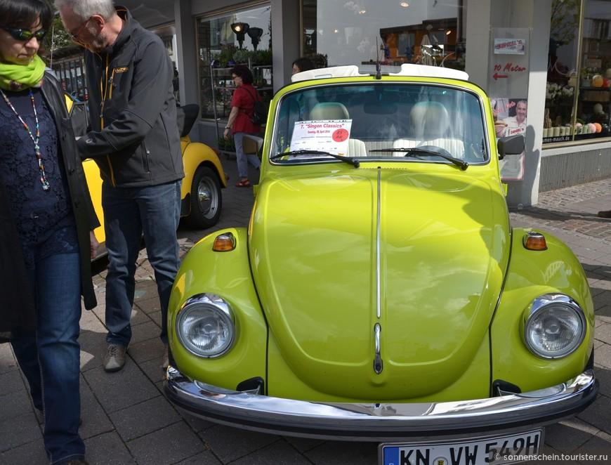 Volkswagen «Жук», 1938-2003 г. – ежегодно на выпуске. Абсолютный рекордсмен авто долголетия. Впервые появился на публике в автосалоне,как KdF-Wagen в 1939 году (Берлин).