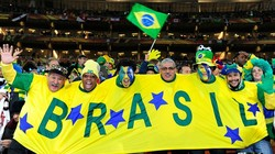 Расстроенные бразильские фанаты после поражения в полуфинале ограбили туристов