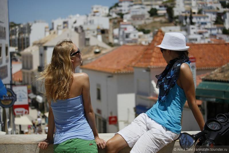 Первое путешествие по Португалии было в 2011 и эти  2 недели  До сих пор вспоминаю с теплотой и пересматриваю фотографии. Mои сестра, некоторые друзья, возвращаются в Альбуфеиру снова и снова :)