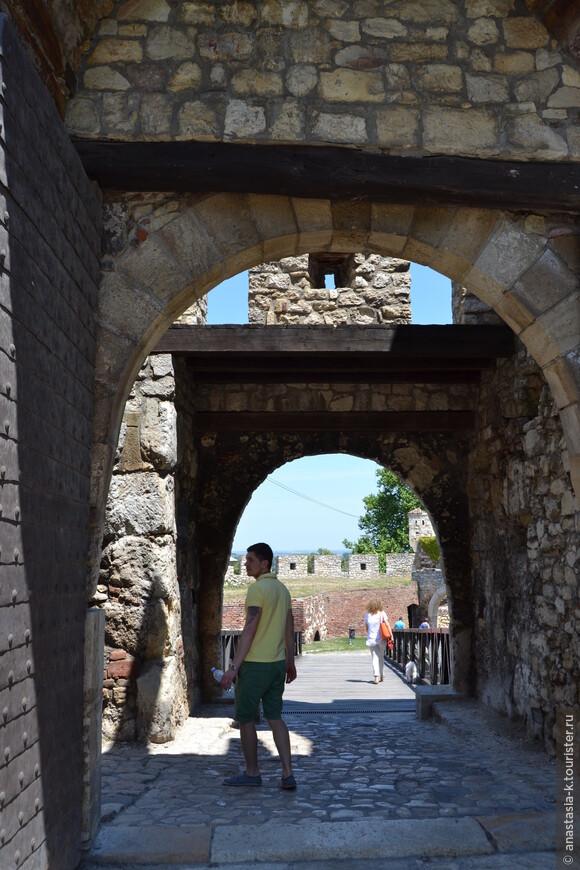 ворота Деспота