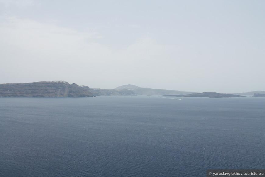 Острова архипелага Санторини.