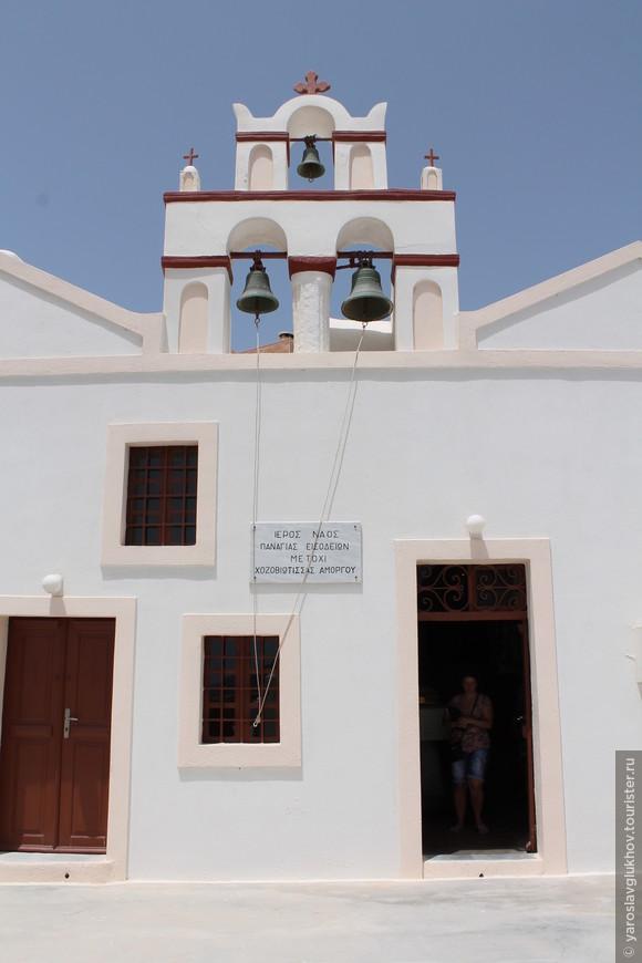 Церковь в Ие.