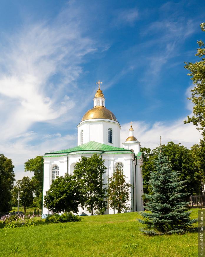 Кафедральный Богоявленский собор.
