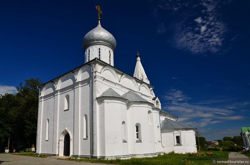 Свято-Троицкий Данилов мужской монастырь. Троицкий собор.