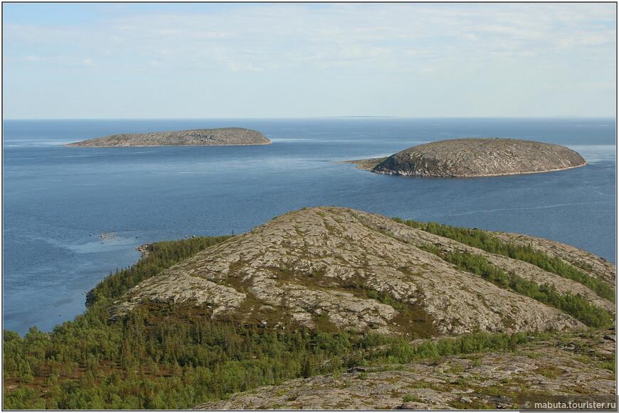 Вид на Вороньи острова.