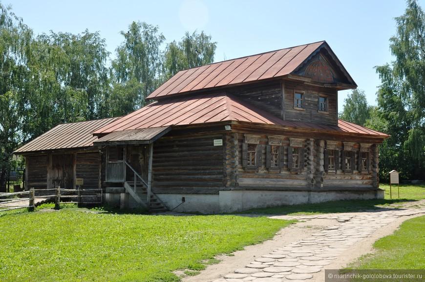 Музей деревянного зодчества в Суздале — это комплекс под открытым небом, где собраны уникальные постройки 17-19 веков.