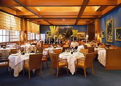 Рестораны Нью-Йорка значительно снижают цены