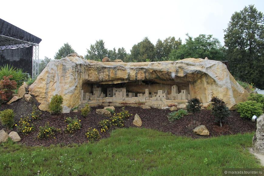 Национальный парк Меса-Верде на юго-западе штата Колорадо. Парк создан в 1906 году для охраны многочисленных руин поселений индейцев анасази.