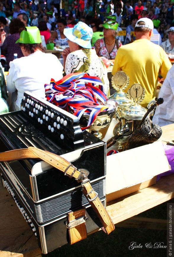За столом сидят явные победители ;))