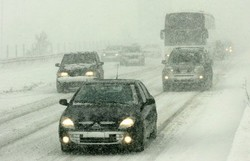 Из-за снегопада в Одессе объявлена чрезвычайная ситуация