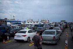 На паромной переправе в Крым водители перевернули авто депутата Госдумы