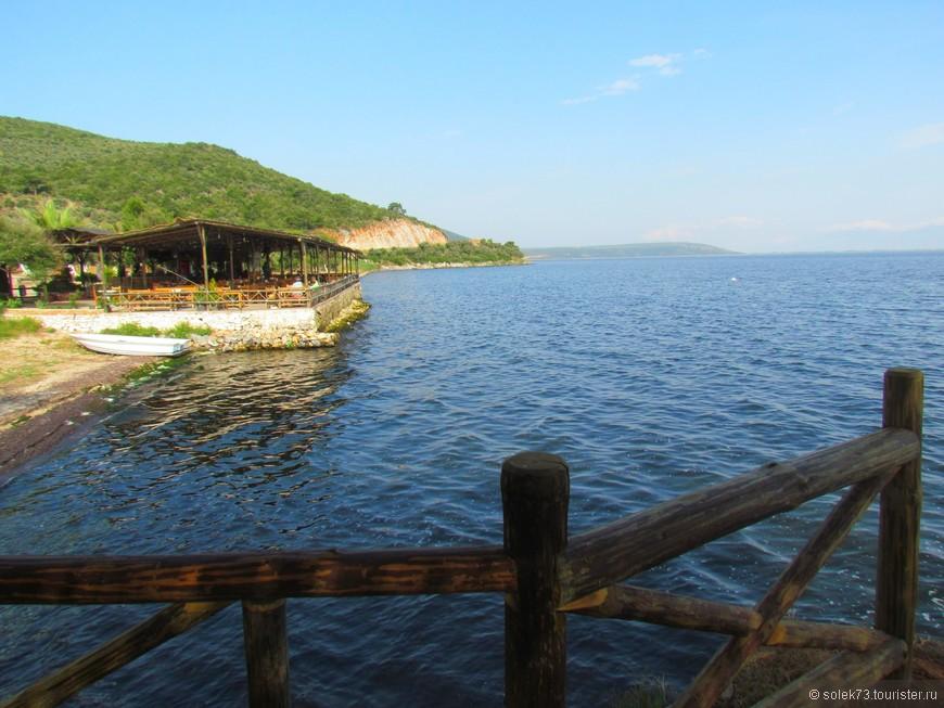 Начало нашей двухдневной экскурсии в Эфес-Памуккале. Озеро Бафа.